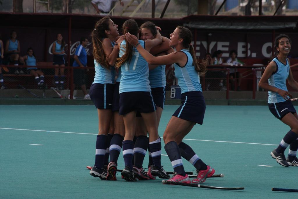 Mendoza tiene su equipo en damas juniors